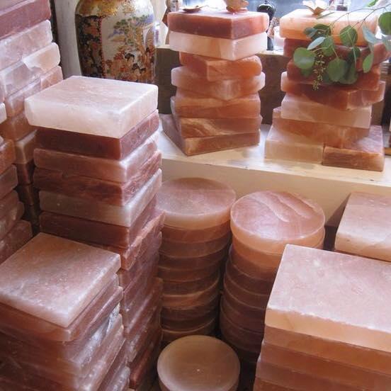 [Giải đáp]: Đá muối Himalaya nướng thịt có ngon và an toàn không?