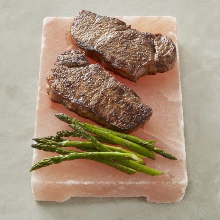 Thịt nướng đá muối có ngon không? Quán Đá Muối Nướng nổi tiếng tại Sài Gòn