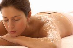 Trẻ hóa da với việc tắm bằng muối Himalaya